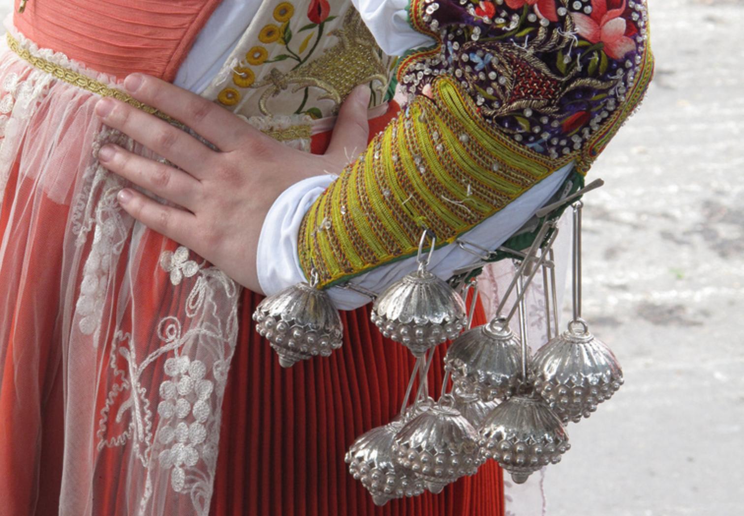 Festa di Sant'Efisio, vestito tradizionale (Foto di A.Duranti)